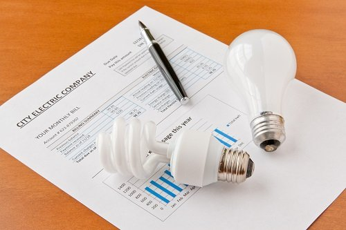 Five Cool Ways To Save On Electricity Bill This Summer